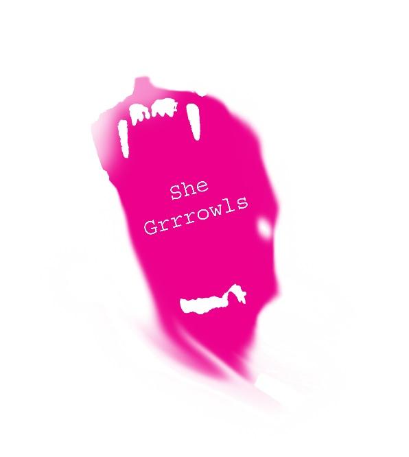 She Grrrowls Logo